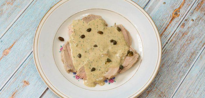 Vitello tonnato - kalfsvlees met tonijnsaus en kappertjes