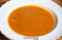 Italiaanse tomaten courgettesoep